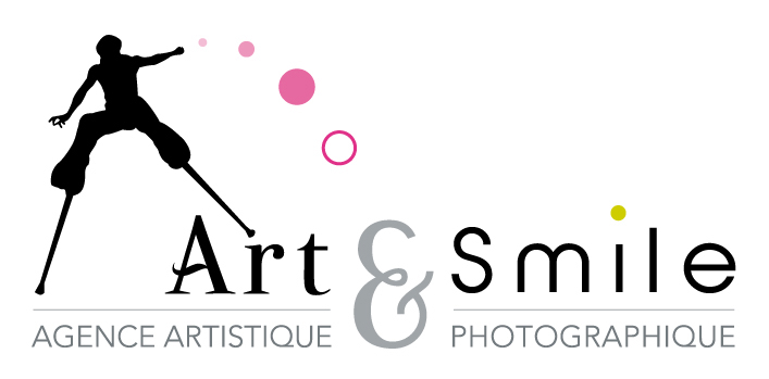 logo art smile